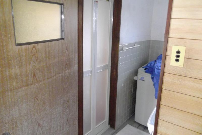 岐阜塗装センター施工実績写真 お風呂ドア交換工事 テラス塗装工事 屋根塗装工事